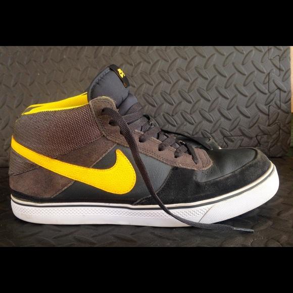 Nike Shoes | Nike Sb Mavrk Mid 2